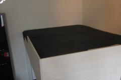 Hochbett mit vereinfachtem, niedrigem Geländer